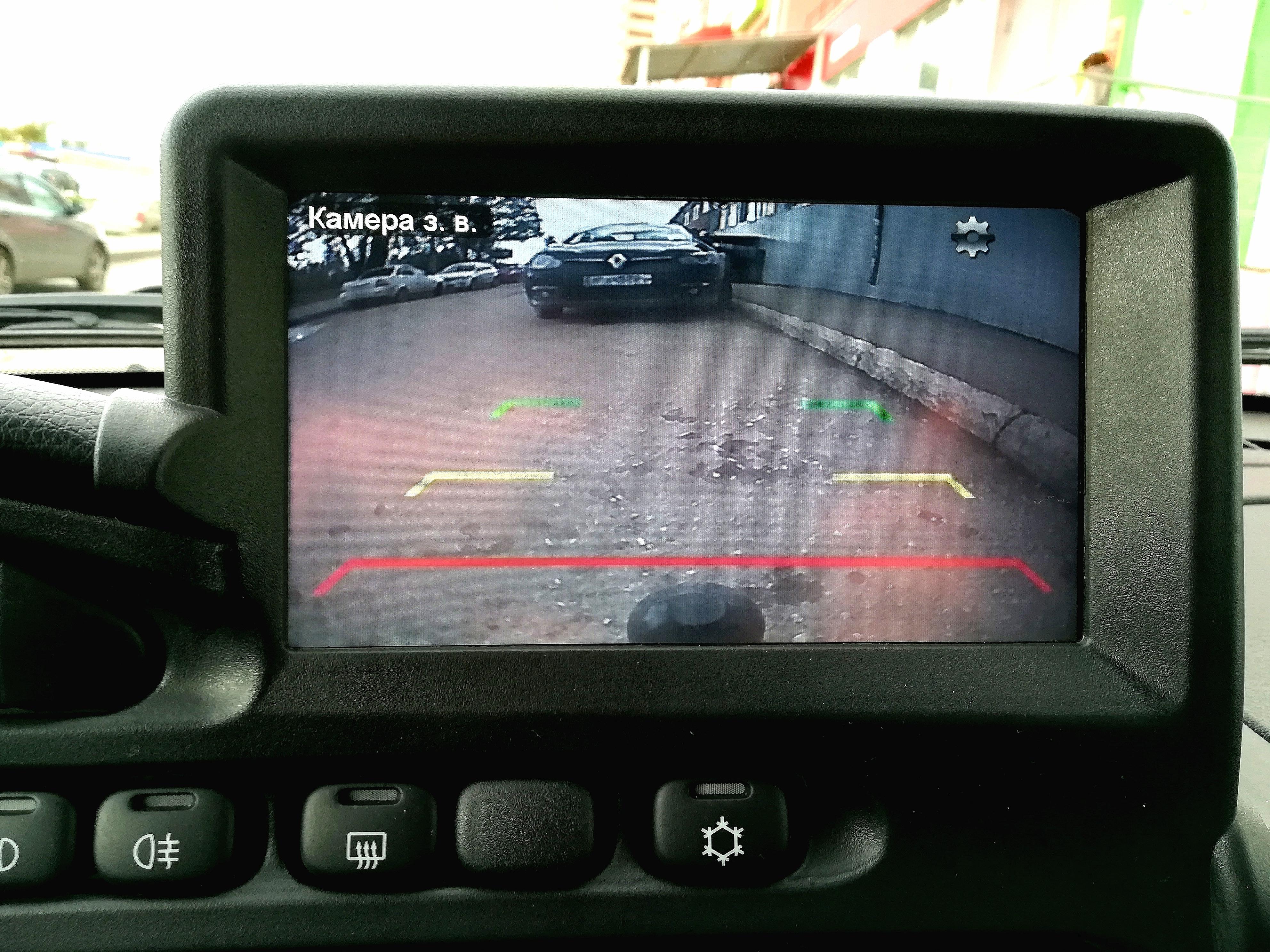 камера заднего вида шевроле нива