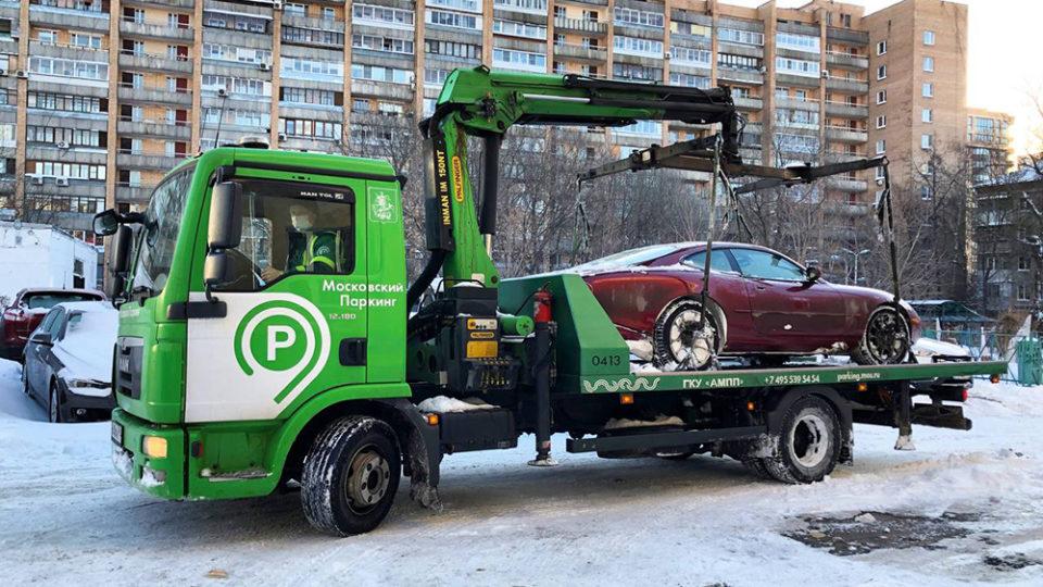 эвакуация машины в москве