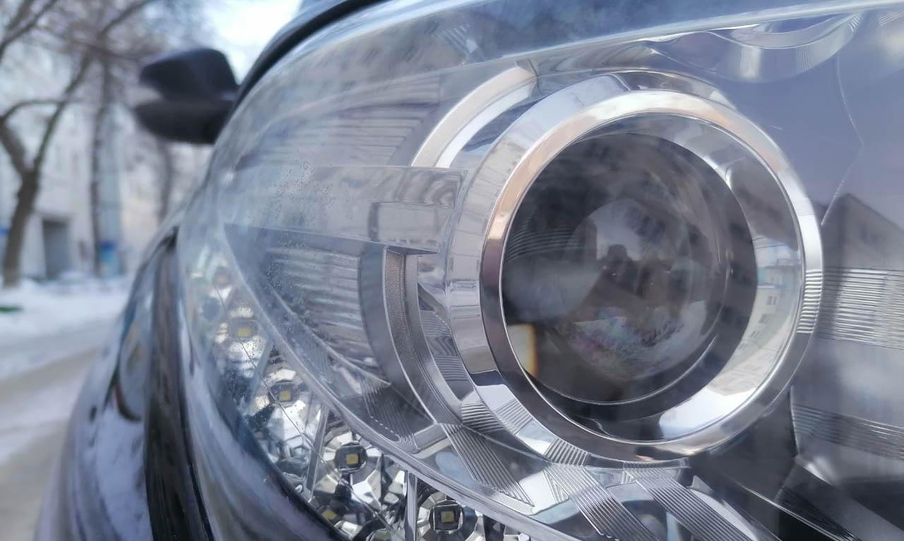 Внимательно осмотрите оптику, стекла и кузов автомобиля