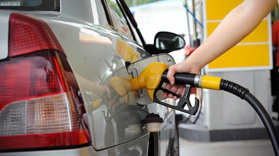 цена на бензин фото азс